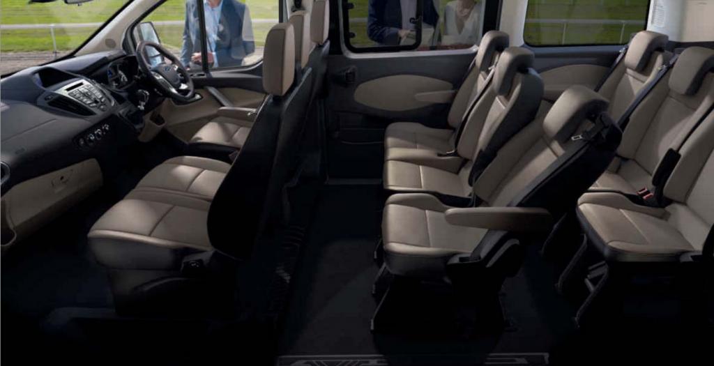 www.redkite minibuses.com wp content uploads 2013 02 Tourneo_Custom.pdf